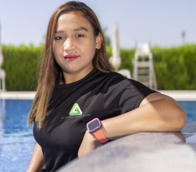 Personal Training For Learning To Swim In Abu Dhabi - Coach April