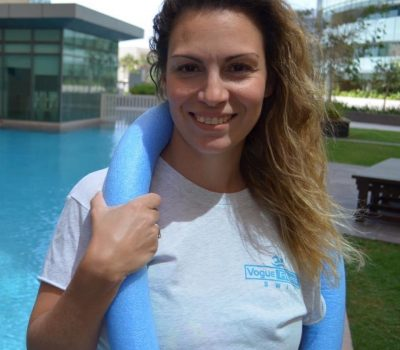 Private swimming lessons in Abu Dhabi with Coach Maria