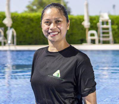 Swimming Instructor In Abu Dhabi - Lisle